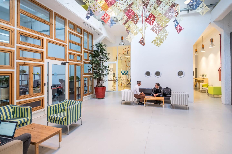 Area lounge ingresso Orangerie - Toolbox Coworking