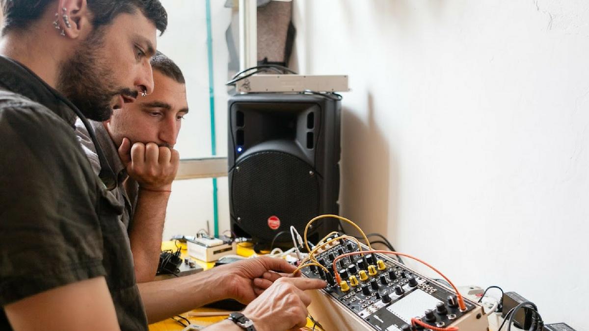 Audio Hacklab